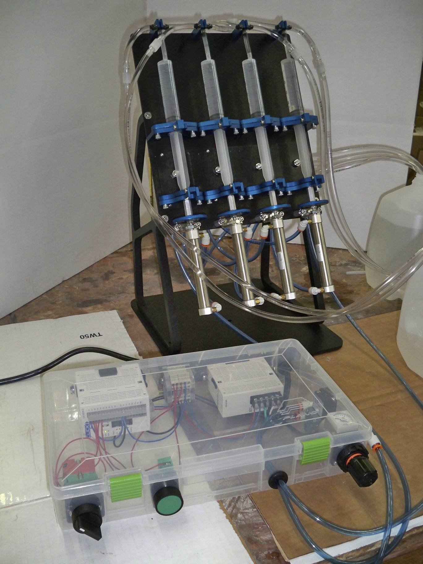 4-Channel Syringe Dispenser